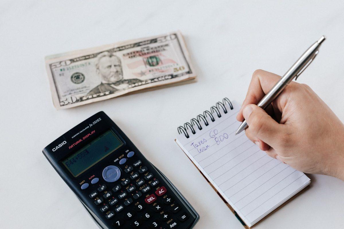 despesas fixas e variaveis